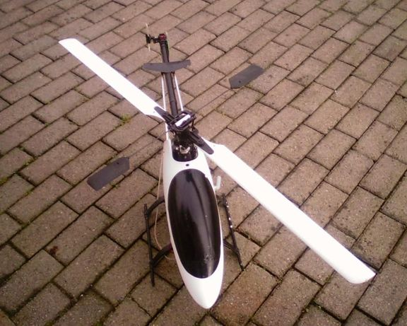 helicóptero raptor 30 v2 usado