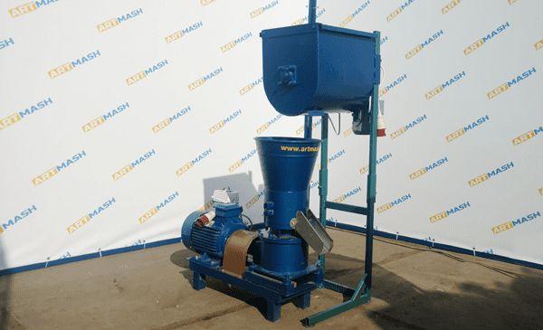 Линия грануляции корма: гранулятор 7,5+ шнек-смеситель 150-300 кг/час