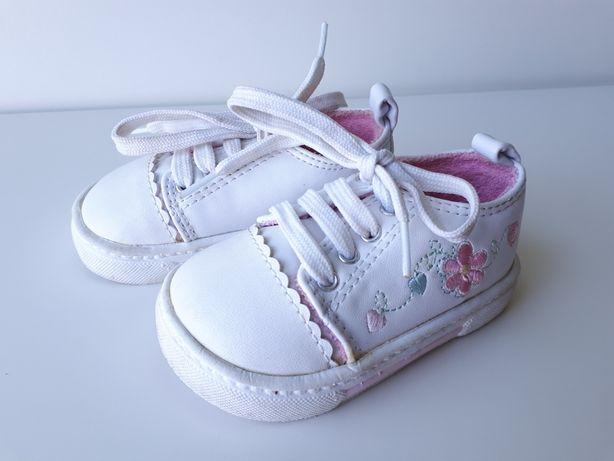 BUTY dla dziewczynki, TRZEWIKI na wiosnę, sneakersy wiązane wkł. 11cm