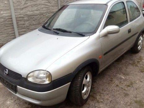 Opel Corsa B 3d 1,0 12v rok 2000 /cały na części/