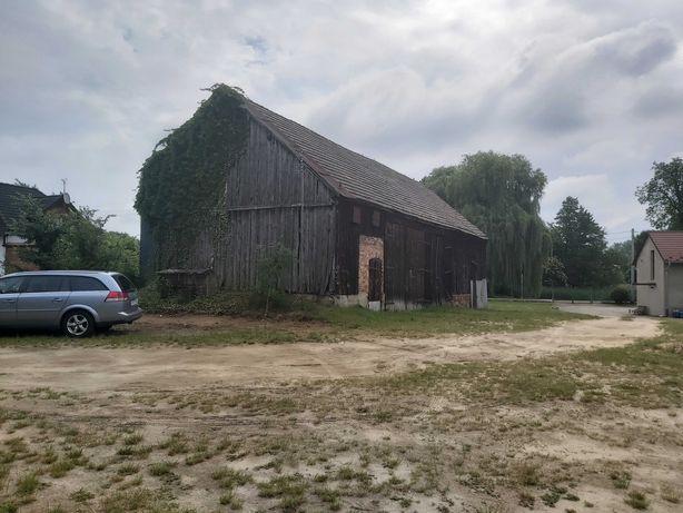 Sprzedam działkę budowlaną nad jeziorem + stodoła