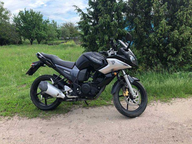 Yamaha Fazer 153cm3