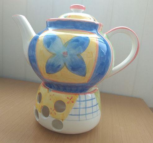 Dzbanek z podgrzewaczem do herbaty