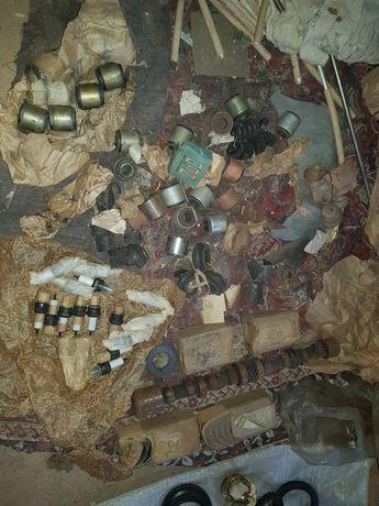 Москвич 407-408 шатуны,распредвал, вкладыши, свечи,сальники