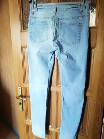 Jeansy r. 40 nowe