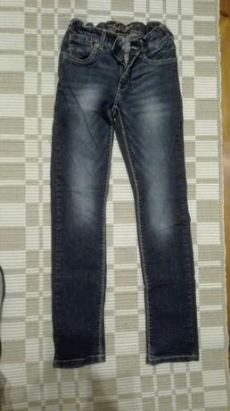 Spodnie jeansy roz. 152