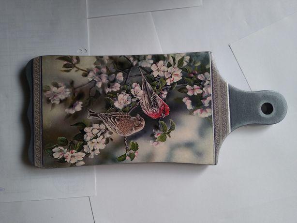 Деревянная досочка Птицы золото для декора кухни ручная работа