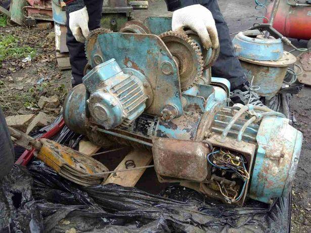 Тележка каретка привода тельфера бол-го с двигателем на 0.5 1 тонн