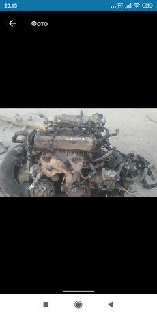 Запчастини тойота мотор 4s