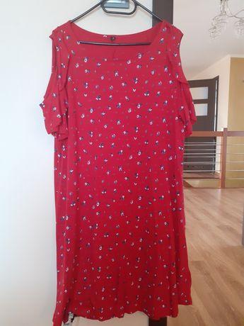 czerwona sukienka w kwiatki xxxl