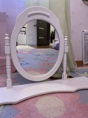 Зеркало от трюмо
