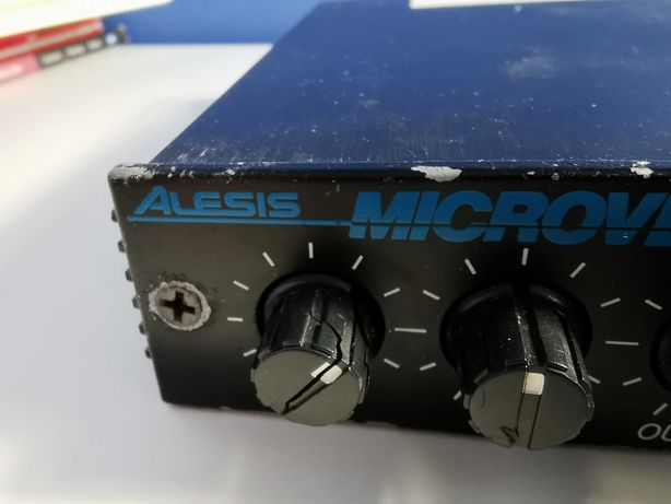Alesis microverb II - świetny oldschoolowy reverb