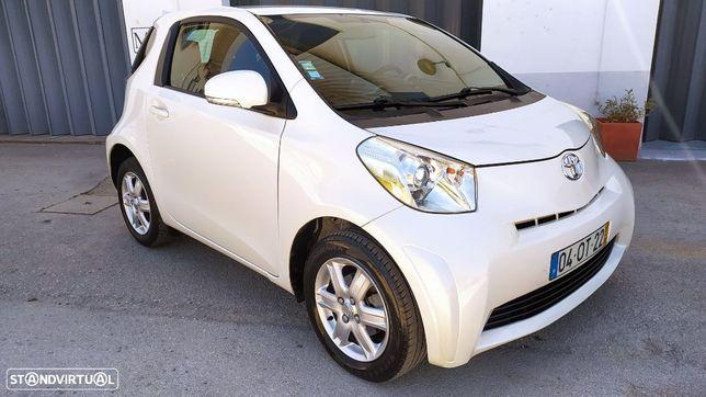 Toyota iQ 1.4 D-4D 2 EP+NAVI+Bluetooth