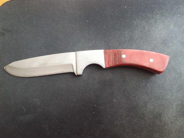 Нож большой удобный