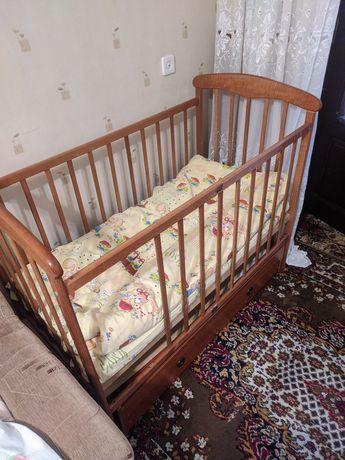 Продано. Кровать кроватка маятник манеж