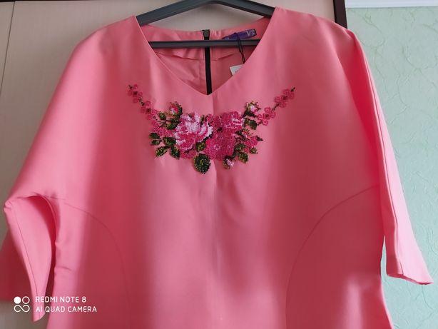 Платье женское вышитое бисером