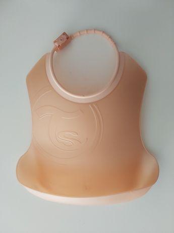 Nowy śliniak plastikowy elastyczny Twistshake