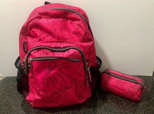 Conjunto de mochila e bolsa escolar de menina