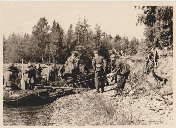 Stare zdjęcia strzelcy górscy WH ponton