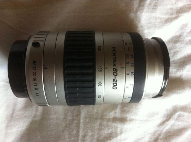 Obiektyw Pentax FA80 200mm, obiektyw sigma, stojak na aparat.