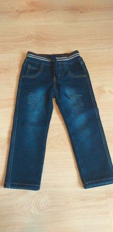 Теплые зимние джинсы  на флисе