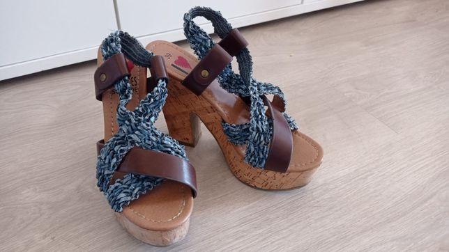 Sandália salto alto senhora azuis e castanhas seaside