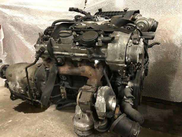 Мотор двигун двигатель Mercedes 2.2 611 sprinter