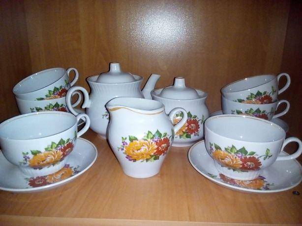 Сервиз чайный (новый) на 6 персон