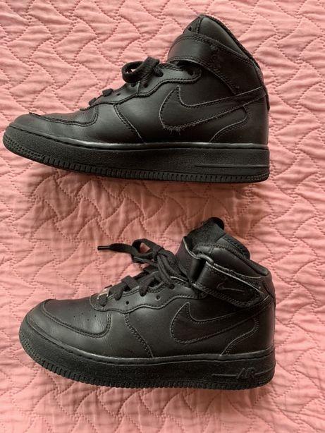NIKE Air Force 1 czarne dla chłopca rozmiar  36 - 23 cm
