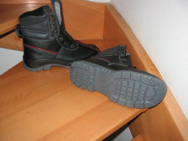 Buty robocze zimowe