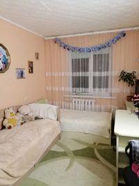 Продається 2 кімнатна квартира на Зарічанській