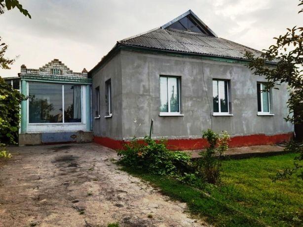 Продам  дом в Березановке с большим участком