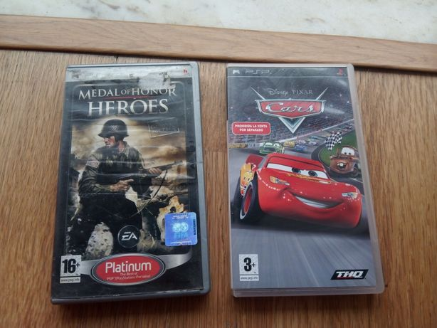 Pack 2 jogos PSP PlayStation Cars / Medal Heroes
