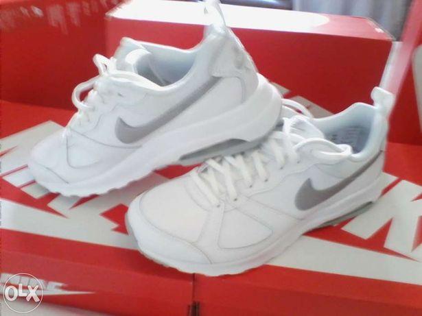 Nike air max brancos n.º 42 - novas e originais