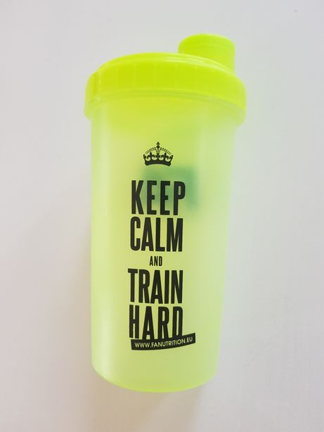 "Shaker do odżywek ""Keep calm and train hard"""