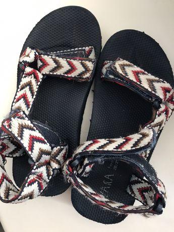 Сандали Zara, сандалі