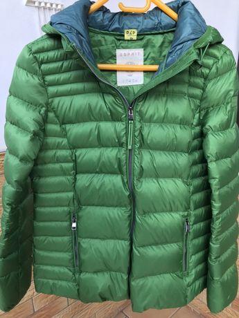 Zielona kurtka od Esprit w roz L