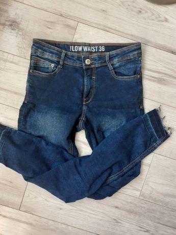 Spodnie jeansy rurki elastyczne