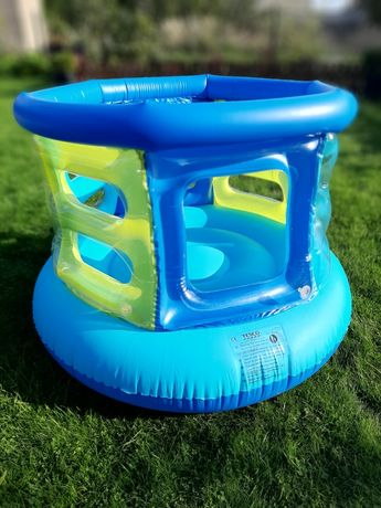 Dmuchana trampolina/kojec do domu lub ogrodu