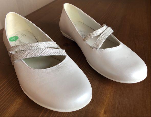 Primigi, туфельки из 100% натуральной кожи. Размер 37