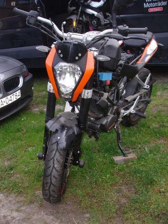 KTM 125 Duke wszystkie czesci Amortyzatory bak silnik 2011