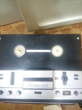 Бабинный магнитофон МАЯК 202