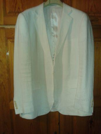 Vendo blazers de Homem em bom estado, tamanho L e XL.