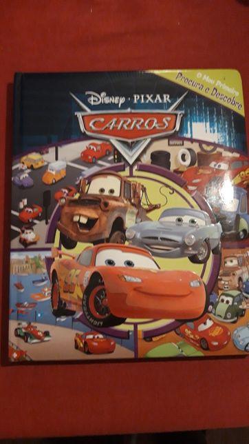 Livro procura e descobre Cars
