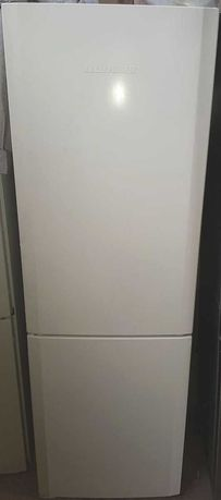 LIEBHERR двухкамерный холодильник