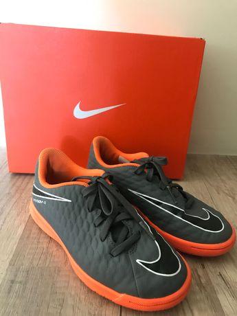 Бутсы(футзалки) Nike Hypervenom JR PhantomX III Club р.29,5