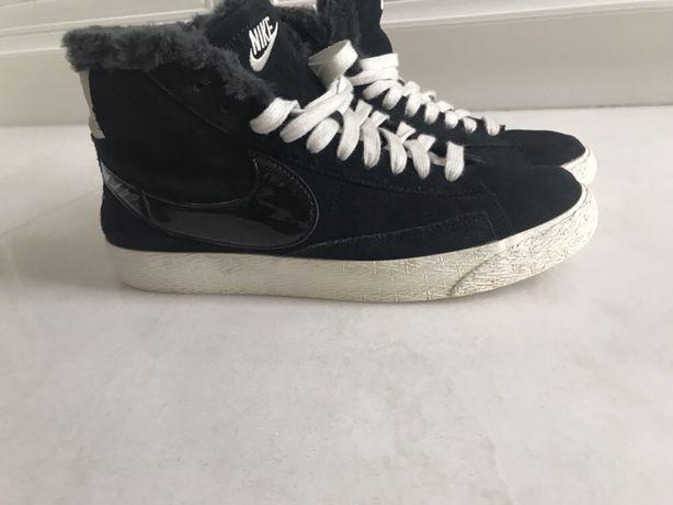 Buty ocieplane Nike r. 40