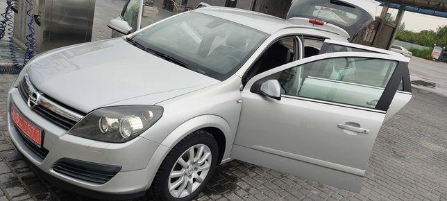 Opel Astra H 1,8 газ бенз автомат