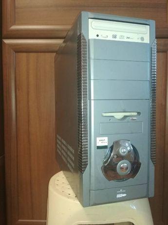 Системный блок компьютер рабочий