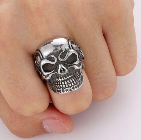 Anel Masculino Crânio - Aço Inoxidável Titânio